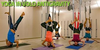 Yoga in volo - Antigravity